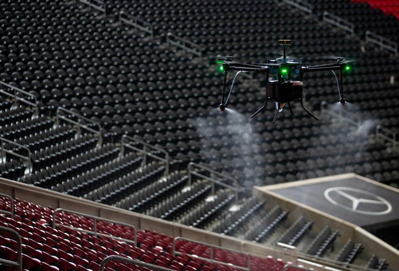 atlanta-mercedes-benz-stadium-droni-sanificazione-covid