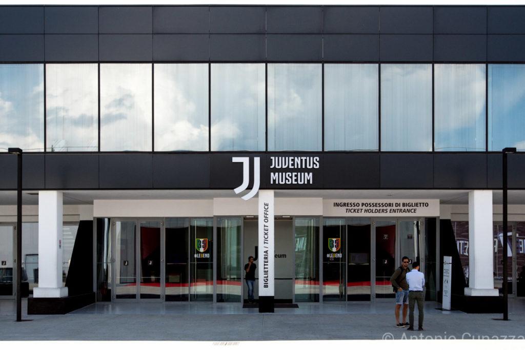 juventus-logo-stadium