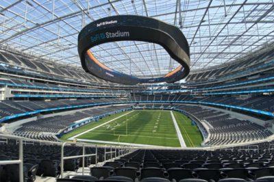 nuovi stadi sofi stadium los angeles rams interno panoramica