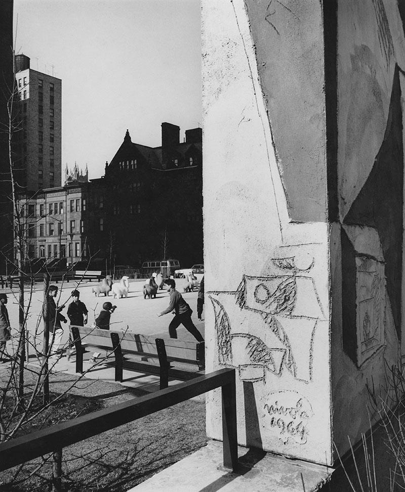 nivola statue playground new york