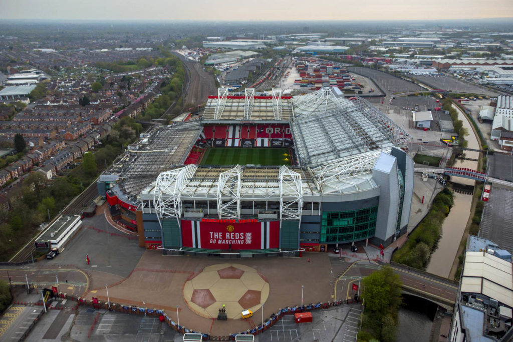 old trafford manchester united panoramica aerea