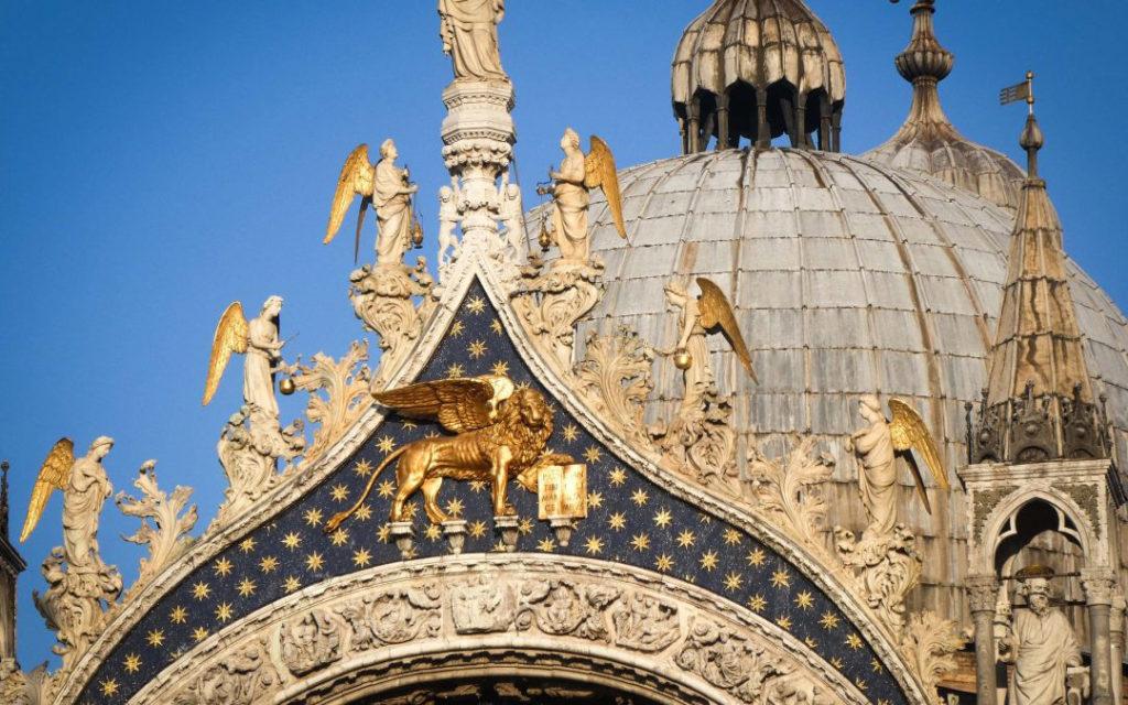 venezia basilica san marco leone