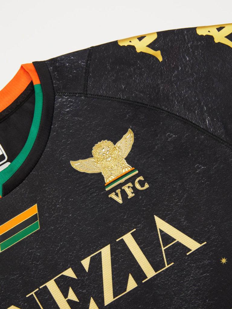 venezia nuova maglia 2021 2022 stemma