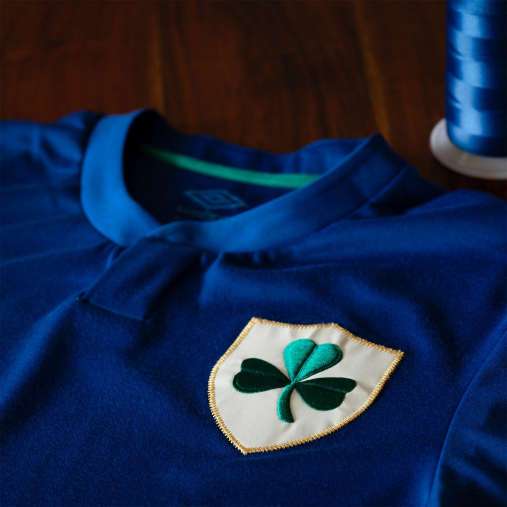 irlanda maglia blu centenario stemma