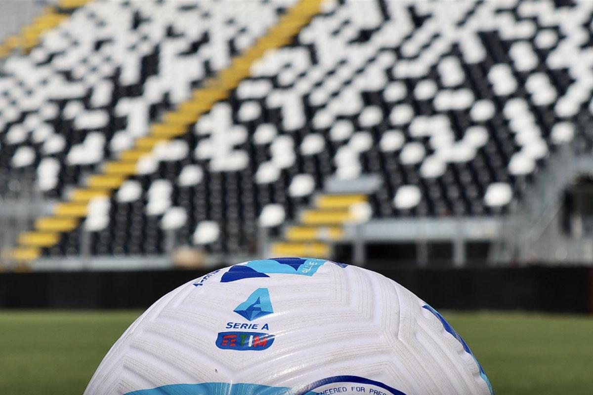 spezia stadio picco pallone serie a